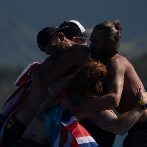 Latitude_35_Hug_at_finish